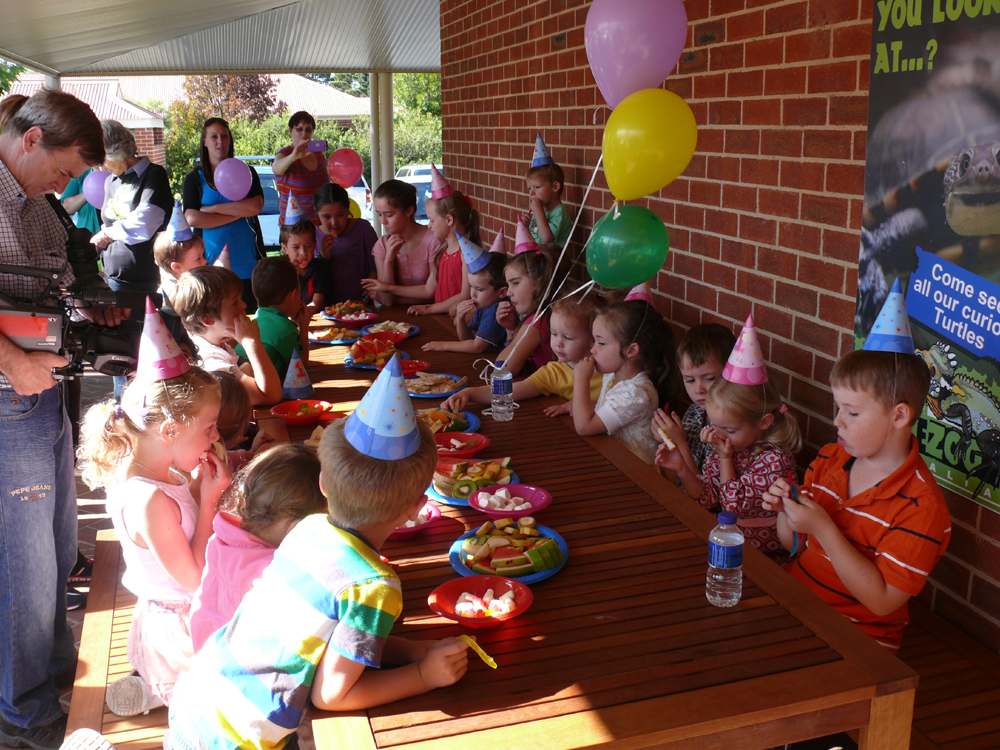 Reptiles Inc Canberra Reptile Zoo - Children's birthday parties melbourne